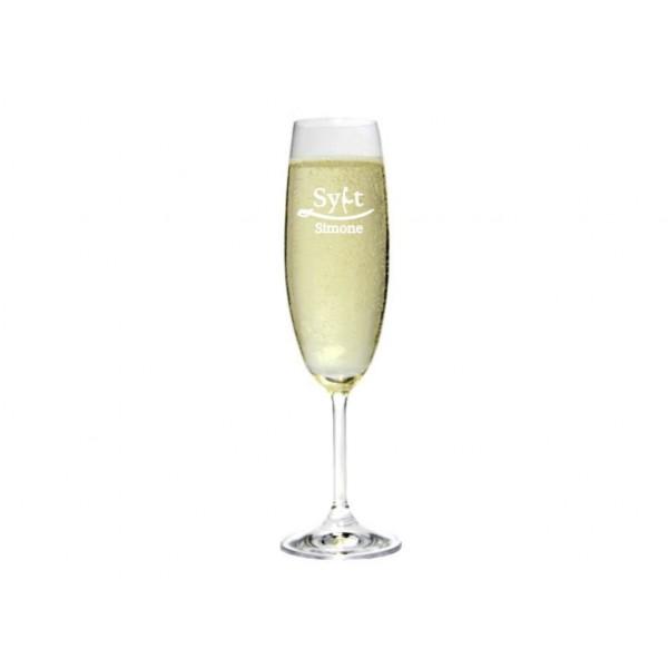 Graviertes Sektglas mit Namen Design: Sylt